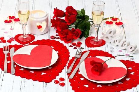 Mesas decoradas para san valentin paperblog for Decoracion mesa san valentin