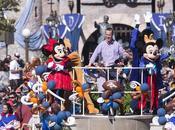 Peyton Manning visitó Disneyland tras victoria Super Bowl
