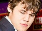 Magnus Carlsen gana Chess Classic Londres 2010
