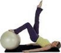 Ejercicio Pilates: Puente con pelota gigante