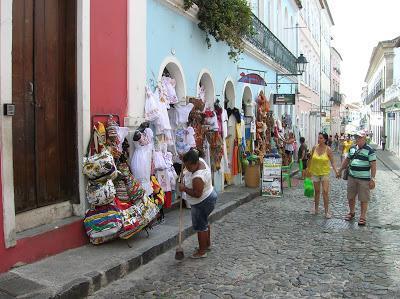 Calle de Pelourinho,  Salvador de Bahía, Brasil, La vuelta al mundo de Asun y Ricardo, round the world, mundoporlibre.com