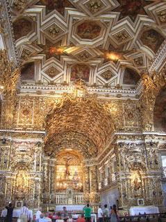 Interior Iglesia S. Francisco, Igleja do Sao Francisco, Salvador de Bahía, Brasil, La vuelta al mundo de Asun y Ricardo, round the world, mundoporlibre.com