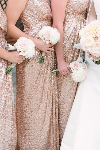 damas de honor doradas