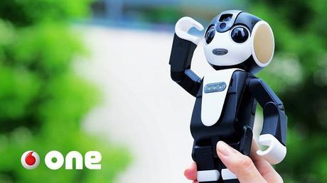 RoboHoN un smartphone camuflado en un robot