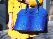 Abrigo amarillo Bolso Azul