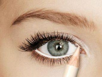 maquillaje-para-unos-ojos-mas-grandes-8