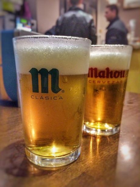 bares madrid, restaurantes romanticos, restaurantes romanticos en madrid, jazz en madrid, madrid de los austrias, bares centro de madrid, taberna sancho panza, cañas mahou