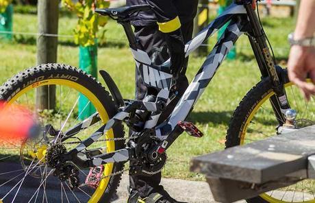 Canyon: nueva bicicleta de DH a la vista!