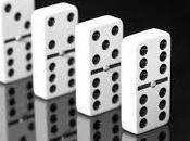 ¿Qué simboliza soñar dominó?