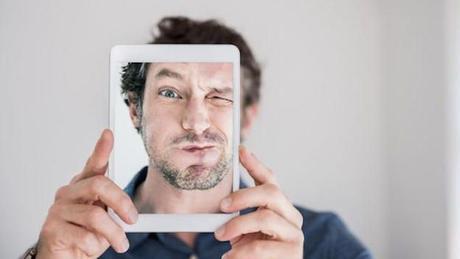Nueva patente de Amazon propone pagar con selfies