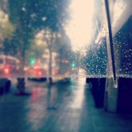 Está lloviendo hoy