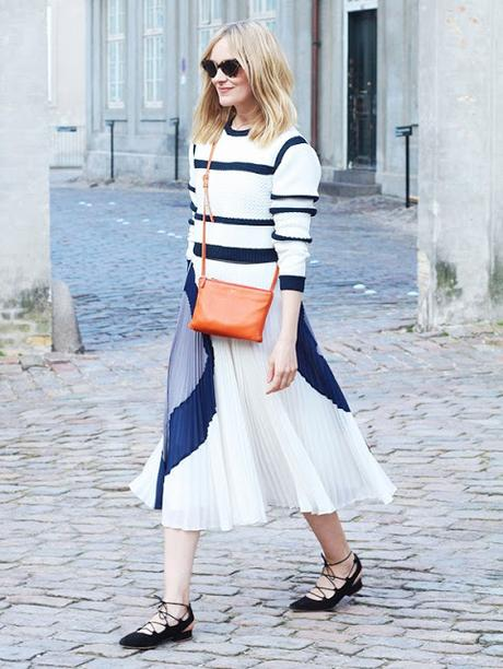 STREET STYLE INSPIRATION; PLEATED MIDI SKIRT.-