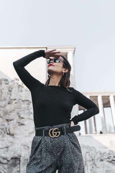 Black_Body-Leather_Jacket-Celine_boots-Gucci_Belt-Wide_Leg_Trousers-Street_Style-30