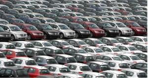 Coches blancos o coches negros: información vs publicidad