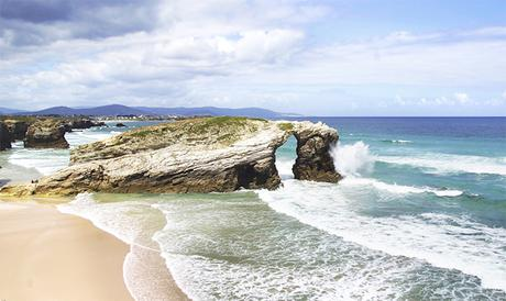 photo playa_de_las_catedrales.jpg