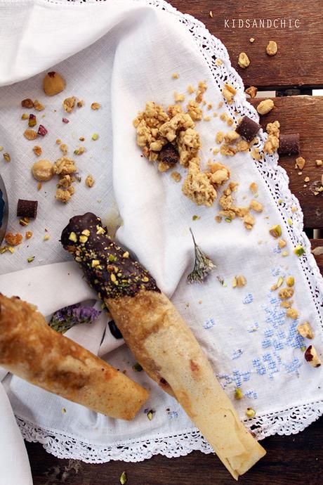 Rollitos de pasta filo con cereales Kellogs y mascarpone - Falsos churros