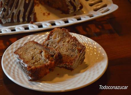 BUNDT CAKE DE MANZANA Y NUECES DE PECÁN