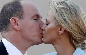 ¿Por qué cerramos los ojos al besarnos ?