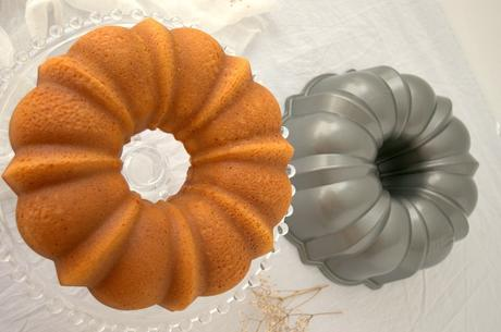 Bundt cake de tangelo, lo mejor de dos frutas reunidas en un bizcocho