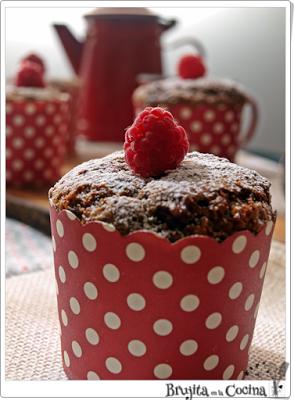 Muffins de espelta con manzana y frambuesa