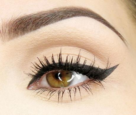 ojo maquillado eyeliner