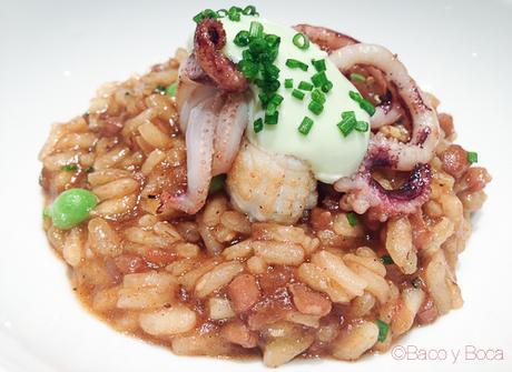 arroz meloso delta con calamar de playa y guisantes de llavaneres Osmosis Baco y boca