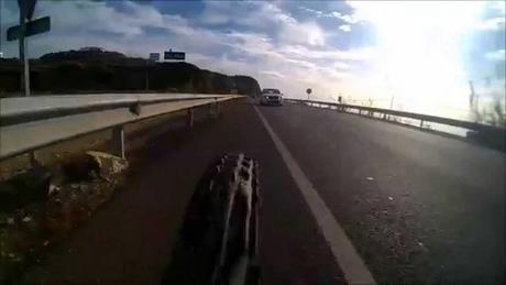 Adelantamientos imprudentes a ciclistas sin respetar el 1,5 m