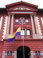 Izaiento de la bandera republicana en Eibar. Conmemoración del 77 aniversario de su proclamación.