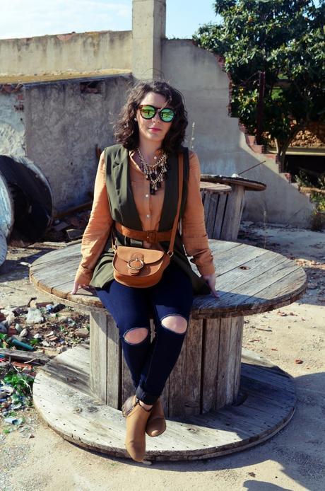 Como llevar un chaleco caqui_Outfits_mivestidoazul (16)