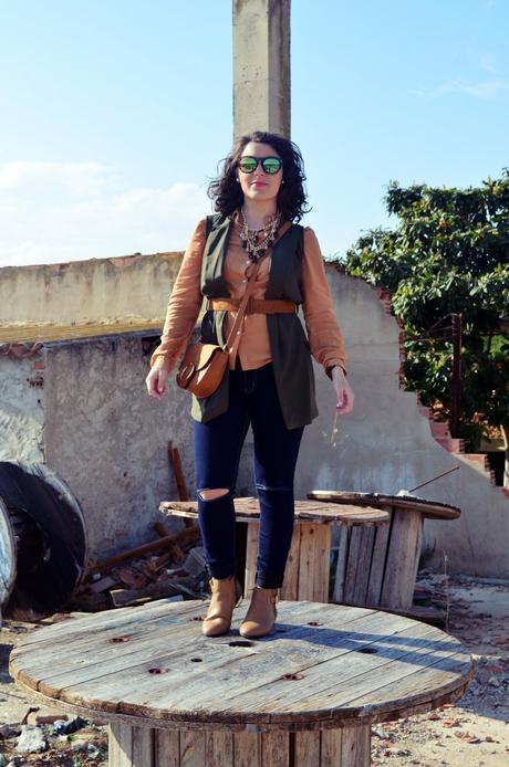 Como llevar un chaleco caqui_Outfits_mivestidoazul (23)