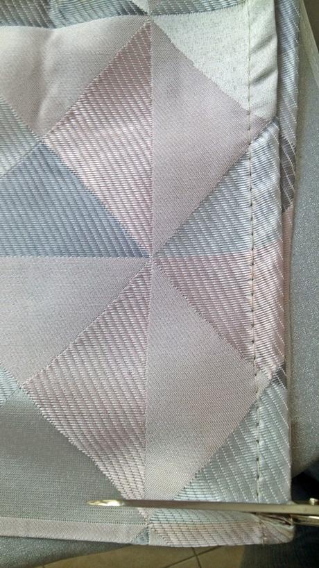 Como hacer un dobladillo a una cortina sin coser paperblog - Como coser unas cortinas ...
