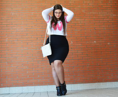 Outfit of the day ~ Like a Cheerleader  - Curvy Girl