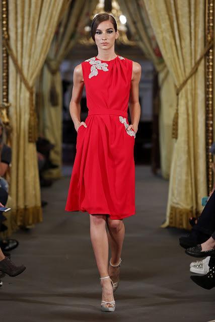 Vestido de fiesta para inviatda de Rafael Urquizar para 2017