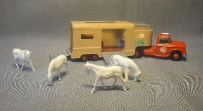 Dodge transporte de caballos