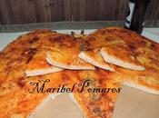 Pizza dominós cuatro quesos forma mariposa.