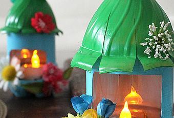 Por internet casa de hadas de botella de plastico paperblog for Casas plasticas para ninos