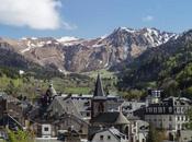 Fotografía pasado domingo: pueblo Mont-Dore fondo...
