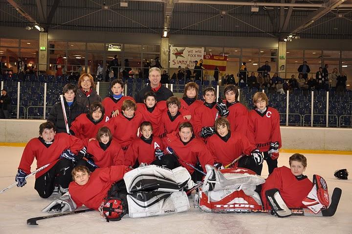 Hockey hielo un combinado de jugadores sub11 deja una muy buena