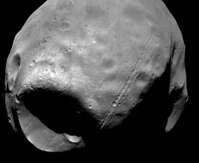 Nuevos datos apoyan la teoría de un gran impacto para el origen de Phobos