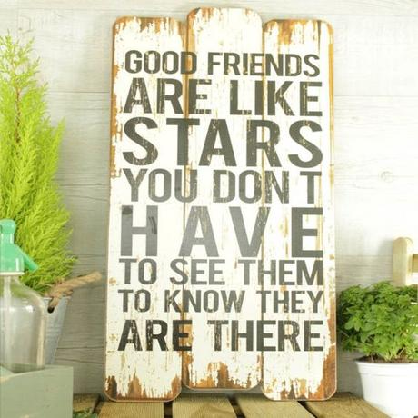 Cartel de madera Good friends are like stars: