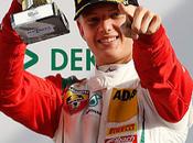 Mick Schumacher gana segunda carrera Lausitzring alcanza tercer triunfo temporada