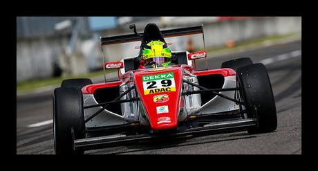 Mick Schumacher gana otra vez en F4 alemana tras conseguir doble pole position, ahora está a 11 puntos del líder