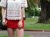 Outfit hombros aire minifalda