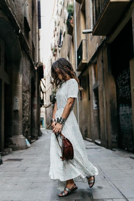 Long_Dress-HM_Leather_Bag-Maje_Sandals-Outfit-Primavera_Sound-Collage_Vintage-Street_Style-32