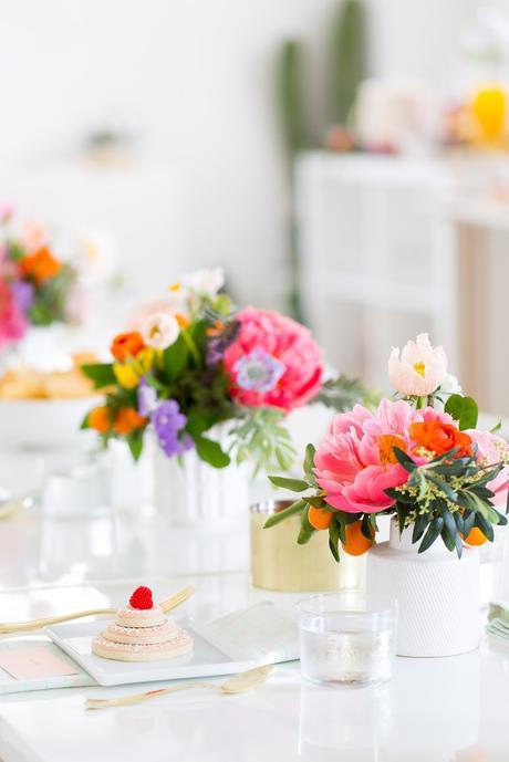 mesas bonitas: colores vibrantes+oro