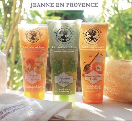 Los nuevos geles de ducha de JEANNE EN PROVENCE con gránulos exfoliantes 100% naturales