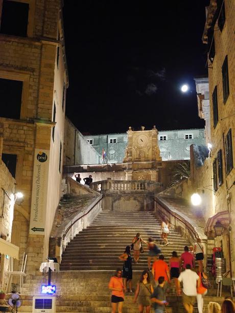 Dubrovnik y juego de tronos quinta temporada paperblog for Escaleras juego de tronos