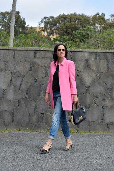 zara-pink-coat-outfit-street-style