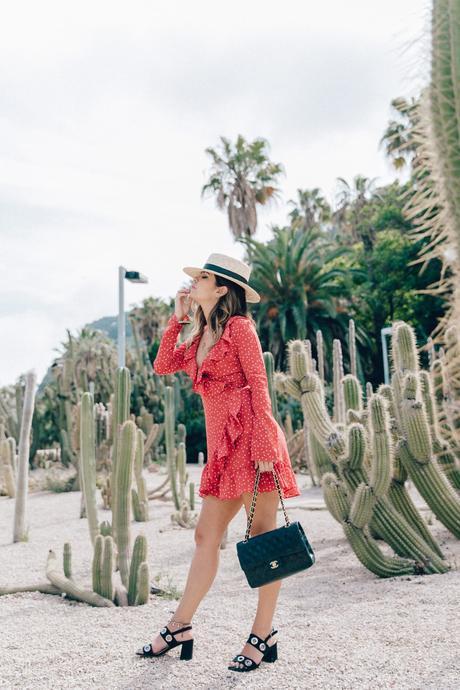 Realisation_Par_Dress-Star_Print-Red_Dress-Outfit-Catonier-Hat-Lack_Of_Color-Black_Sandals_Topshop-Barcelona-Collage_Vintage-Mossen_Gardens-77