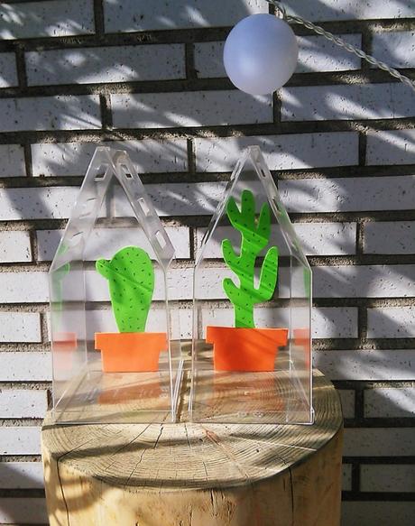 Invernadero con cactus de goma eva